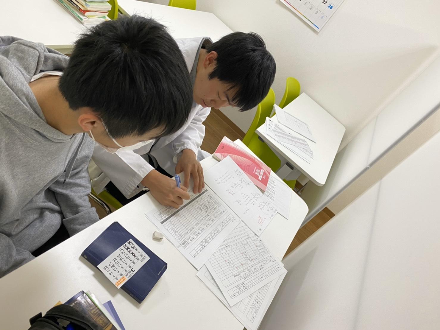 金沢 富山 塾選びのポイント 模試で結果がでなくて悩んでいる受験生必見!徹底個別の栄光義塾