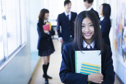 慶応義塾大学に進学したい!高2から栄光義塾に通う生徒を紹介します!頑張れ受験生!