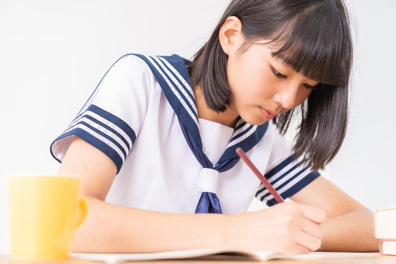 記述式で点が取れない生徒は栄光義塾の個別管理で克服できる!金沢 高岡 塾・予備校